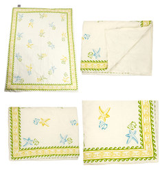 Cocobee Offwhite Seashell Green Border Print Baby Quilt In White Colour